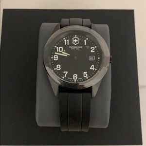 Victorinox Swiss Army Men's Watch 26071.CB
